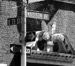 Image of the corner of 73rd Street and Madison Avenue